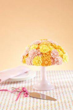 Start planning your dream wedding today Dahlia Cake, Cupcake Cakes, Cupcakes, Flower Cakes, Sugar Flowers, Tea Parties, Baby Shower Cakes, Cake Art, Let Them Eat Cake