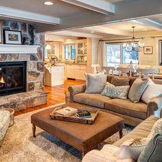 https://i.pinimg.com/236x/2f/fa/c2/2ffac259172714a1049ac9788373e0d3--family-room-decorating-family-room-design.jpg