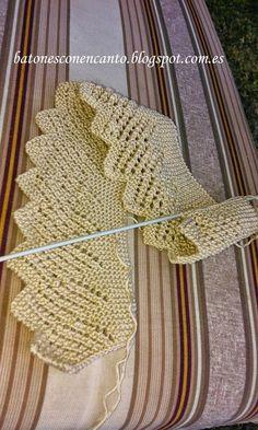 Blonda (Fine Lace Edging) ~ Full instructions in Spanish. Batones con encanto by Lusi Knitting Charts, Lace Knitting, Knitting Stitches, Knitting Designs, Knitting Patterns, Crochet Patterns, Start Knitting, Col Crochet, Crochet Baby