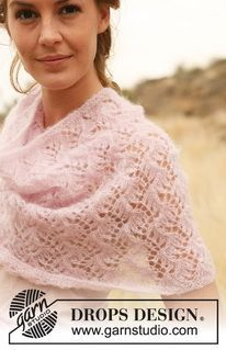 """DROPS 127-28 - Knitted DROPS neck warmer with pattern in """"Vivaldi"""". - Free pattern by DROPS Design"""