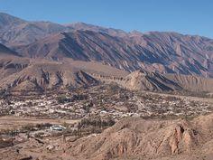 Uma região seca e montanhosa. Essa é a visão da Pucara de Tilcara.