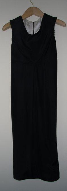 black dress by Moyuru