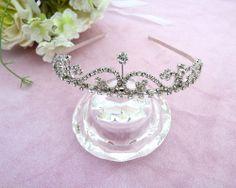 Vintage design Crystal Crown Tiara Hair Band Headband Silver tone Bridal