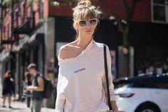 taylor-swift-t-shirt-sunglasses-bag-streetstyle-way-we-style