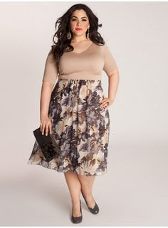 #plussize dress at www.curvaliciousclothes.com Sizes 12-32 Florals are perennial Spring favorite and with Maranda Dress, it's sure to get you in the mood for the leisure and pleasure of the warm-weather season. Keep makeup light and dewy with a touch of bronzer on the cheeks, strappy wedges or pumps, and a demure clutch.