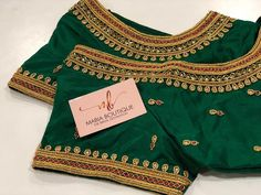 "DM on Printerest or What's app Costume ""Bridal Destination Blouse design. DM on Printerest or What's app Costume Wedding Saree Blouse Designs, Pattu Saree Blouse Designs, Blouse Designs Silk, Magam Work Blouses, Maggam Work Designs, Simple Blouse Designs, App, Aari Embroidery, Embroidery Works"