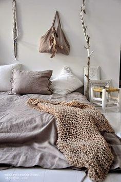 Linen, home, fashion and clothing  mondaytosundayhome lifestyle and living Bedroom, beddings scandinavian home and living Ihanat pellavatuotteet mondaytosundayhome <3