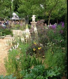 A visit to Chelsea Flower Show 2014 by Daisy Alley.  www.daisy-alley.com