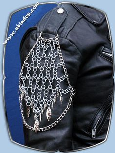 Valkyrie jacket chains, Web of chainmaille shoulder chains, Epaulet wear jewelry by Chainmail & Shoulder Armor, Chain Mail, Make And Sell, My Style, Body Chains, How To Wear, Jackets, Larp, Clothes