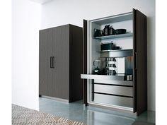 Colonne con Ante a Scomparsa - Dibiesse cucine - cucine moderne, cucine classiche e soluzioni salva spazio per arredare la propria casa.