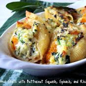 Butternut squash, ricotta, spinach and spices are combined to perfection in these stuffed pasta shells, enjoy!