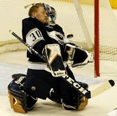 Hockey Goalie, Ice Hockey, Hockey Stuff, Edmonton Oilers, Sassy, Sick, Fan, Hand Fan, Hockey Puck