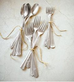 DIY Ideas for Making a Pretty Summer Table -- Tie Up Your Silverware