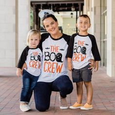 Matching Family Halloween Shirts - Parent Sibling Halloween Shirts - Trick or Treat Shirt - Girl's Boy's Halloween Tee - The Boo Crew Tees by PineapplePancakeKids on Etsy Matching Family T Shirts, Disney Shirts For Family, Family Shirts, Shirts For Girls, Halloween First Birthday, Family Halloween, Cute Halloween, Halloween Ideas, Halloween Shirts For Boys