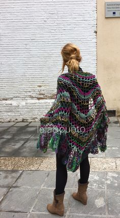 Lola&punto crochet Crotchet, Hippy, Bohemian, Style, Fashion, Shawl, Scarves, Beading, Ponchos