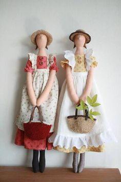 Něžné pohlazení: A zase ty husičky :-)My sis and me Doll Crafts, Diy Doll, Doll Toys, Baby Dolls, Sewing Dolls, Waldorf Dolls, Soft Dolls, Cute Dolls, Fabric Dolls