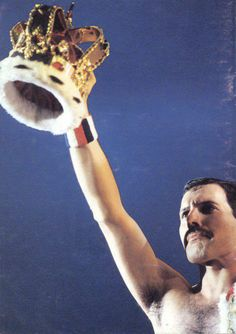 Freddy Mercury.....Such an amazing voice. Hate when people do Queen songs. They just muck it up.