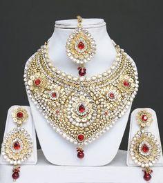 Kundan Jewelry Set With Stones