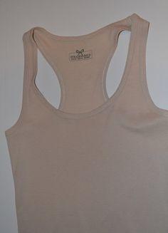 Kup mój przedmiot na #vintedpl http://www.vinted.pl/damska-odziez/bluzki-z-krotkimi-rekawami/17593008-letnia-bezowa-koszulka-stradivarius