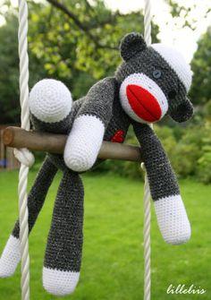 Gratis haakpatroon Sock Monkey - Hobbyshop Reuvers voor al uw hobby- en handwerkmaterialen