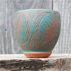 love the natural pottery showing on the relief. sgraffito, just if only I had this slip color Slab Pottery, Glazes For Pottery, Pottery Mugs, Ceramic Pottery, Pottery Art, Sgraffito, Pottery Patterns, Pottery Designs, Pottery Ideas
