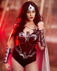 Wonder Woman — 2014 Best of Cosplay Collection