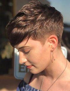 Breathtaking super short haircut on brown hair short pixie hair Medium Thin Hair, Short Thin Hair, Short Brown Hair, Short Hair Cuts, Medium Hair Styles, Short Hair Styles, Short Blonde, Plait Styles, Pixie Cuts