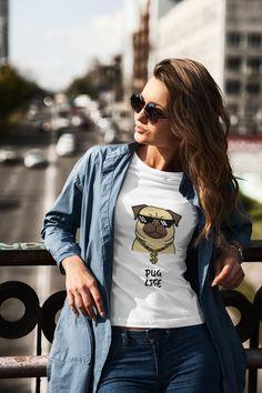 PUG LIFE 100% Ring Spun Cotton. A Premium Unisex T-Shirt Elizabeth Bennet, Vintage Design, Retro Design, Retro Vintage, Jane Austen, Army Wife, Army Mom, Glitter Png, Camouflage