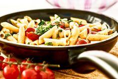 Penne mit Mozzarella und Kirschtomaten