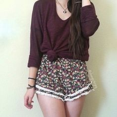 Forever 21 floral lace trim short pants high waist Cute pants in gently used condition. Forever 21 Pants