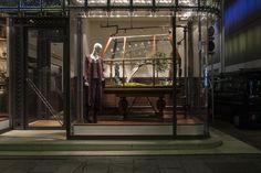 """メゾンエルメス・ウィンドウディスプレイ– 時の庭 – メゾンエルメス・ウィンドウディスプレイ– 時の庭 – Maison Hermès Window Display – Jardin du Temps (""""Garden of Time"""") –azuma makoto"""