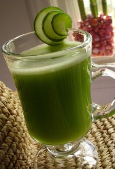 Le jus vert : un remède naturel et rafraîchissant pour purifier l'organisme | Plus Mince Plus Jeune