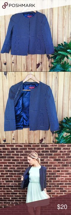 Merona cropped tweed jacket/blazer Merona, navy blue/white, patterned, cropped tweed jacket/blazer. Like new condition! Great for layering over dresses, or pairing with your favorite denim. Model pictured 5'9. Merona Jackets & Coats Blazers