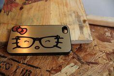 Gold hello kitty Apple Iphone 4 / 4s Hard Case.