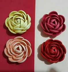 Quilling Roses.........