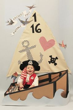 Quite possibly the most adorable DIY pirate photo booth we've ever seen. Recreate this look using cardboard, construction paper, and fabric. Pirate Birthday, Pirate Theme, Boy Birthday Parties, Birthday Ideas, Pirate Photo Booth, Nautical Photo Booth, Nautical Party, Art Party, Childrens Party
