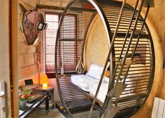 Most-Unique-hotels-in-the-world-Villa-Hamster-Nantes-France