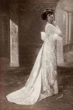 French Fashion Photograph c 1895
