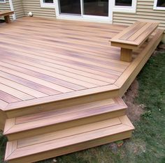 Photo Gallery Composite Decking by DuraLife Small Backyard Decks, Decks And Porches, Patio Decks, Deck Pergola, Diy Deck, Backyard Patio Designs, Backyard Landscaping, Small Deck Designs, Deck Colors