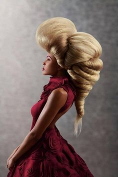 Whenever I think I'm having a bad hair day I shall simply look at this picture and instantly feel better! Creative Hairstyles, Cool Hairstyles, Wig Styling, Hair Rainbow, Wedding Fotos, High Fashion Hair, Fashion Art, Avant Garde Hair, Boho Vintage