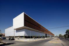 Gallery of La Florida Metropolitan Hospital Clinic / BBATS Consulting & Projects SLP + MURTINHO+RABY arquitectos - 23