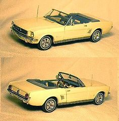 1/24 Scale 1966 Ford Mustang Convertible by the Danbury Mint - Diecast Model Cars