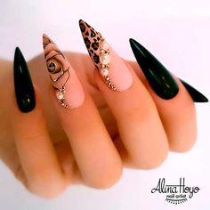 Nagellack Design, Nagellack Trends, Cute Nails, Pretty Nails, My Nails, Prom Nails, Homecoming Nails, Fancy Nails, Halloween Acrylic Nails