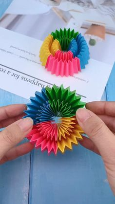 Diy Crafts For Girls, Fun Diy Crafts, Creative Crafts, Diy For Kids, Paper Crafts, How To Make Rose, Party Games, Diy Tutorial, Creative Decor