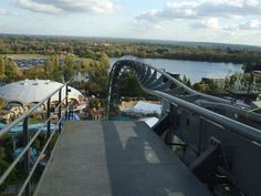"The top of the ""Thorpe Park Inversion"" on The Swarm."