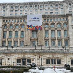 Alegeri în România - SetThings Event Organization, Romania, Presidents, Louvre, Building, Prague, Buildings, Architectural Engineering