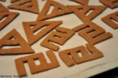 Triad and Glyph crackers submitted by helenazurawska via the TRIAD GLOBAL ASSAULT Flickr