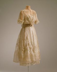 Gorgeous....Lucile Ltd. afternoon dress, 1919-20  From the Hillwood Estate
