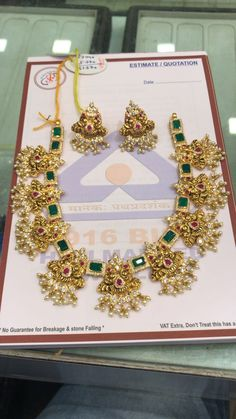 Markings For Gold Jewelry Gold Bangles Design, Gold Earrings Designs, Gold Jewellery Design, Emerald Jewelry, Gold Jewelry, Gold Necklaces, Gold Temple Jewellery, Jewelry Design Drawing, Jewelry Patterns