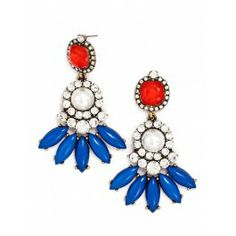 Pearl Petal Earrings from Bauble Bar. Perfect for patriotic and nautical summer outfits!